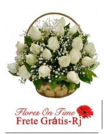 086-Cesta 24 Rosas Brancas