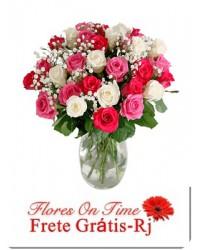 273- Arranjo de 20 rosas coloridas